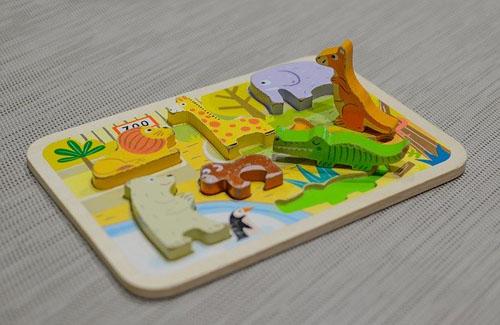 知育玩具板パズル